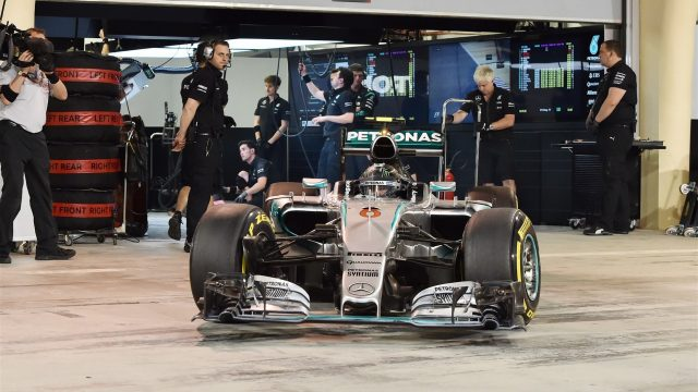Nico Rosberg (GER) Mercedes AMG F1 W06 at Formula One World Championship, Rd4, Bahrain Grand Prix Qualifying, Bahrain International Circuit, Sakhir, Bahrain, Saturday 18  April 2015. &copy&#x3b; Sutton Motorsport Images