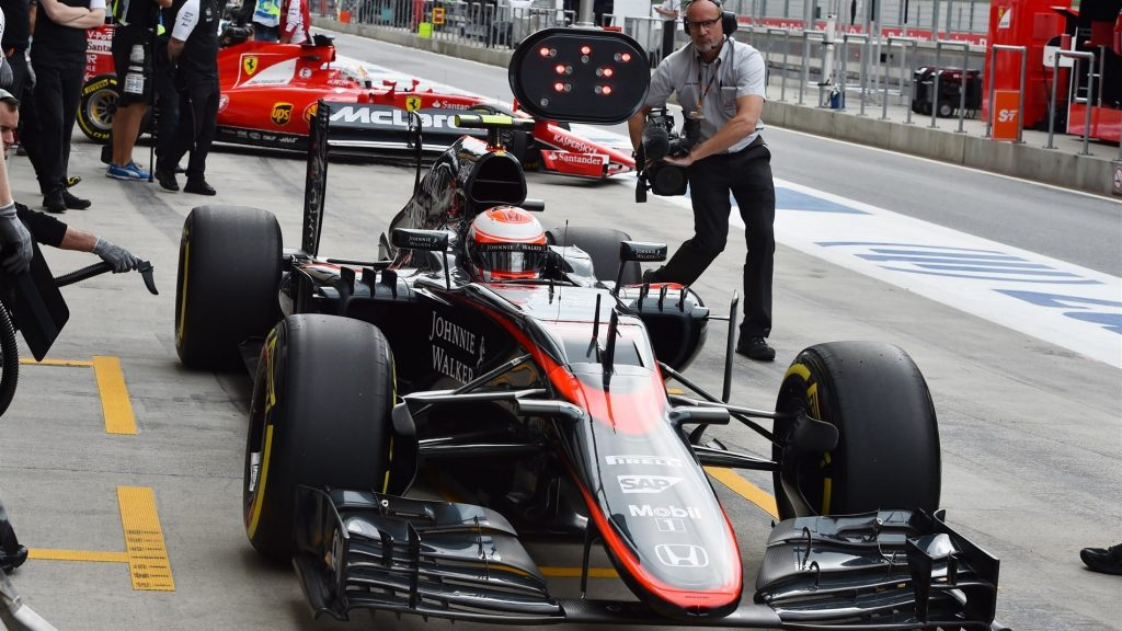 Button,%20Alonso%20set%20for%2025-place%20Austria%20grid%20drops