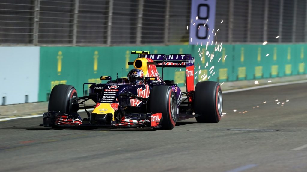 FP2%20-%20Kvyat%20puts%20Red%20Bull%20top%20at%20Marina%20Bay