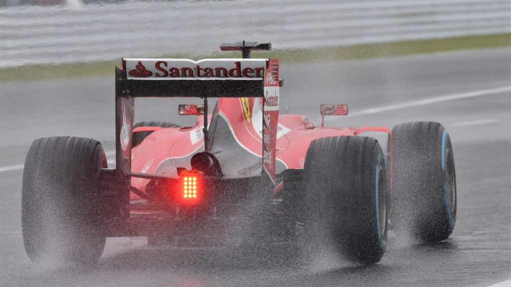 Ferrari,%20Red%20Bull%20and%20McLaren%20to%20attend%20Pirelli%20wet%20tyre%20test