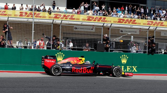 Daniel Ricciardo (AUS) Red Bull Racing RB12 crosses the line to take third place at Formula One World Championship, Rd18, United States Grand Prix, Race, Circuit of the Americas, Austin, Texas, USA, Sunday 23 October 2016. &copy&#x3b; Sutton Images