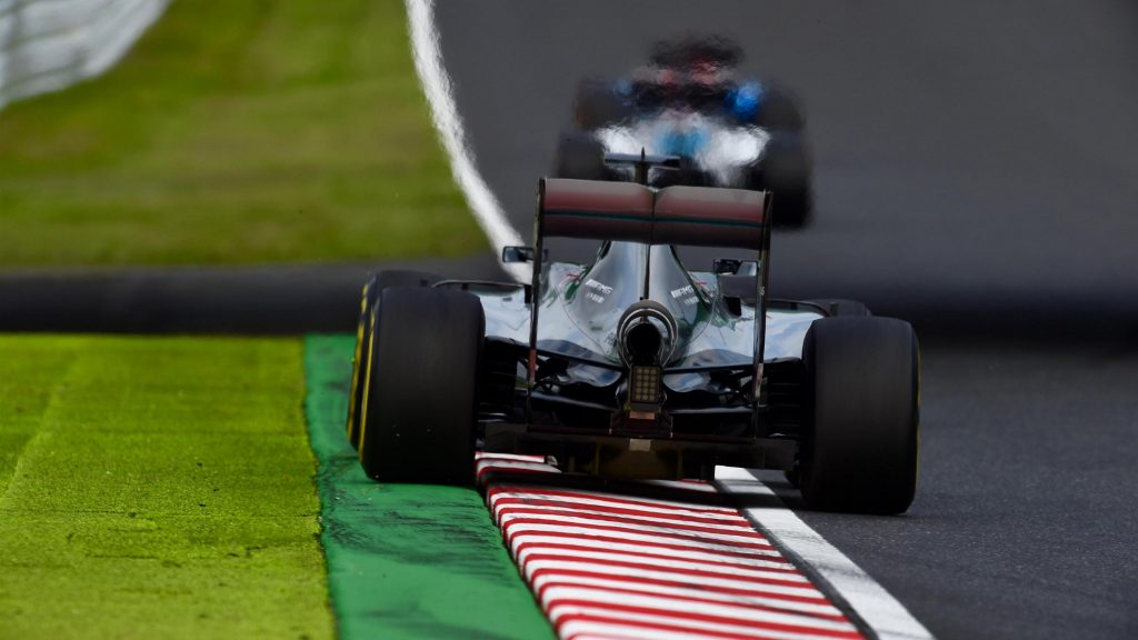 FP2%20-%20Hamilton%20closes%20the%20gap,%20but%20Rosberg%20stays%20in%20front