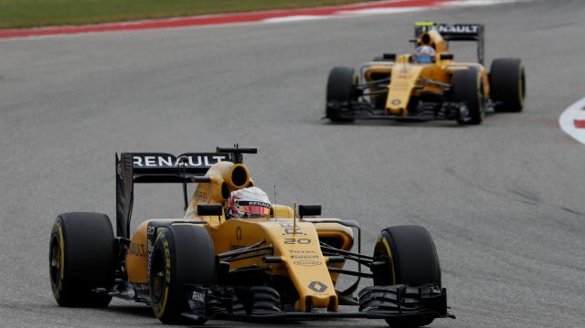 Kevin Magnussen (DEN) Renault Sport F1 Team RS16 and Jolyon Palmer (GBR) Renault Sport F1 Team RS16 at Formula One World Championship, Rd18, United States Grand Prix, Race, Circuit of the Americas, Austin, Texas, USA, Sunday 23 October 2016. &copy&#x3b; Sutton Images