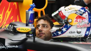 Ricciardo 'happy' to try different race strategy