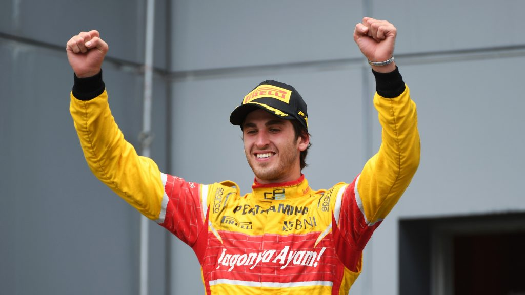 Ferrari%20confirm%20Giovinazzi%20as%202017%20reserve