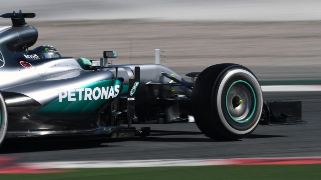 Rosberg%20puts%20Mercedes%20on%20top%20on%20opening%20morning%20of%20final%20test