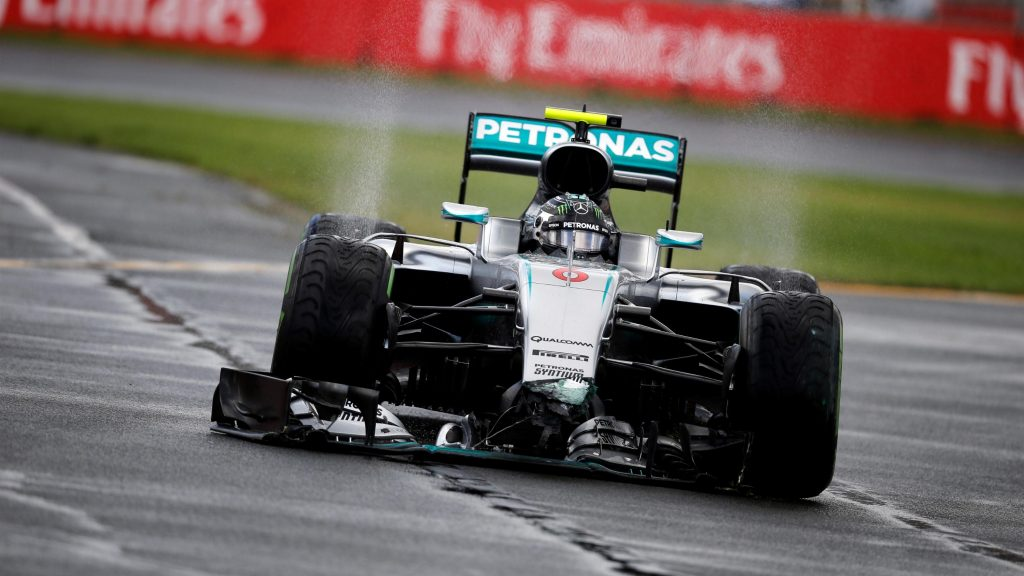 FP2%20-%20Hamilton%20ahead%20as%20Rosberg%20spins%20out