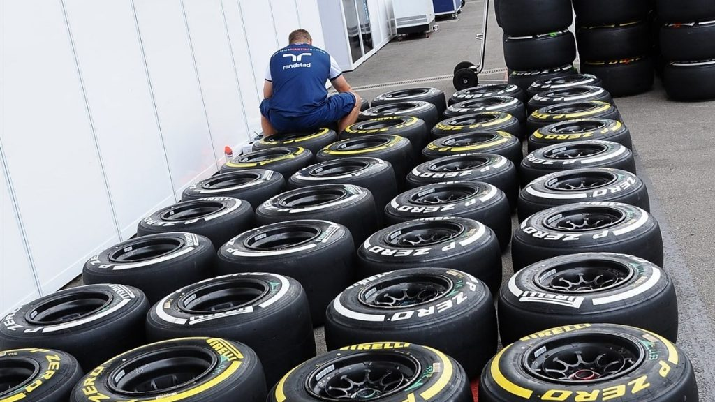 Pirelli%20confirm%20tyre%20compound%20allocations%20for%20Spain