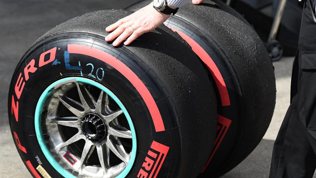 Pirelli%20reveal%20driver%20tyre%20choices%20for%20Bahrain