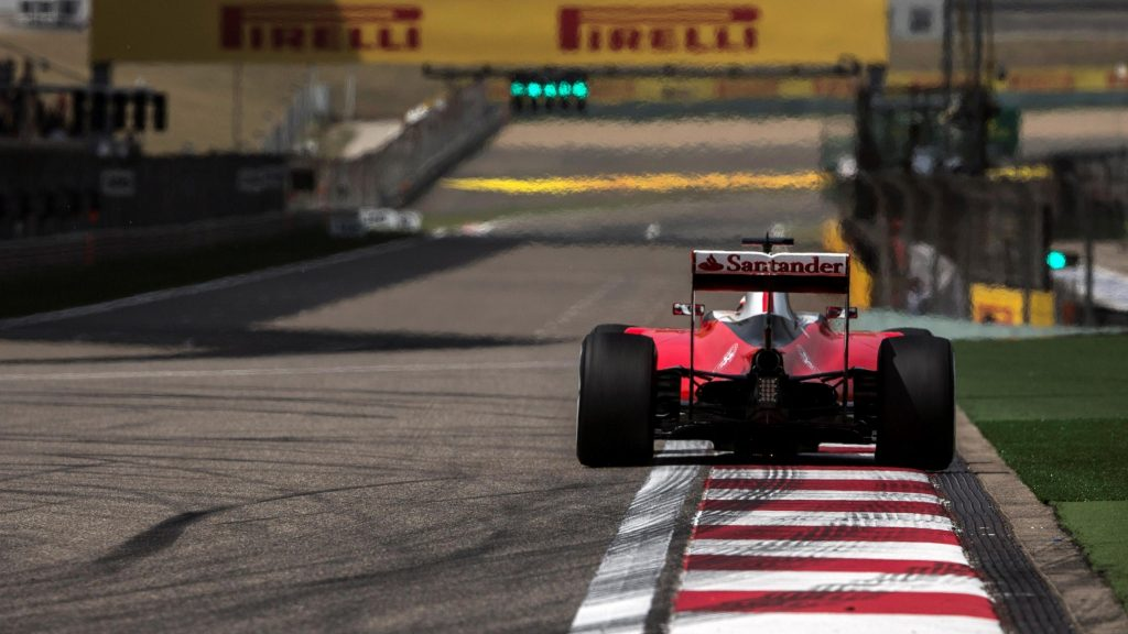 FP2%20-%20Raikkonen%20quickest%20as%20Ferrari%20edge%20clear