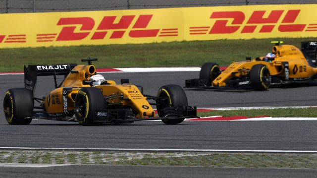 Kevin Magnussen (DEN) Renault Sport F1 Team RS16 at Formula One World Championship, Rd3, Chinese Grand Prix, Race, Shanghai, China, Sunday 17 April 2016. &copy&#x3b; Sutton Motorsport Images