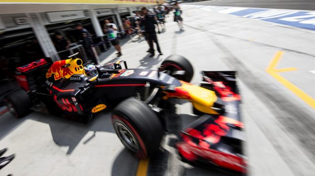 Daniel Ricciardo (AUS) Red Bull Racing RB12 at Formula One World Championship, Rd11, Hungarian Grand Prix, Qualifying, Hungaroring, Hungary, Saturday 23 July 2016. &copy&#x3b; Sutton Images