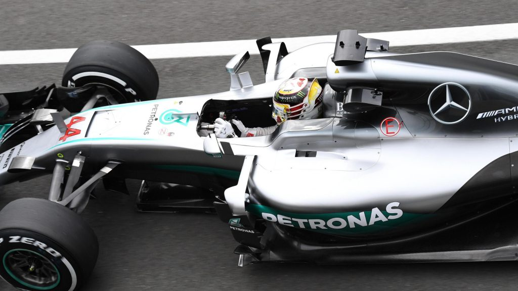 FP2%20-%20Hamilton%20leads%20Ricciardo%20as%20Rosberg%20hits%20trouble