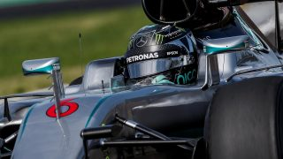 FP2 - Rosberg leads Ricciardo as Hamilton spins out