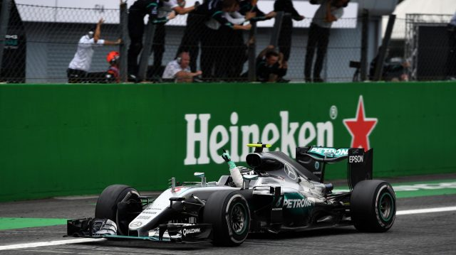 Race winner Nico Rosberg (GER) Mercedes-Benz F1 W07 Hybrid crosses the line at Formula One World Championship, Rd14, Italian Grand Prix, Race, Monza, Italy, Sunday 4 September 2016. &copy&#x3b; Sutton Images