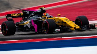 Renault debut 'exceeded expectations' - Sainz