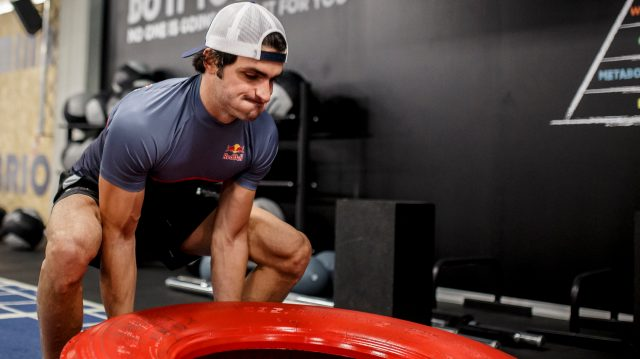 Carlos Sainz during training at the gym in Madrid, Spain. &copy&#x3b; Oscar Carrascosa/Red Bull Content Pool