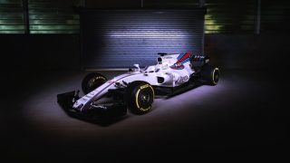 Williams officially unveil the FW40