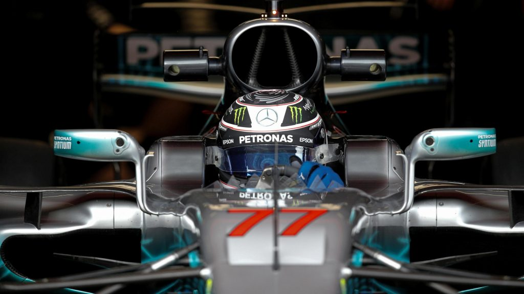 Bottas%20sets%20new%20benchmark%20as%20Mercedes%20top%20day%20two