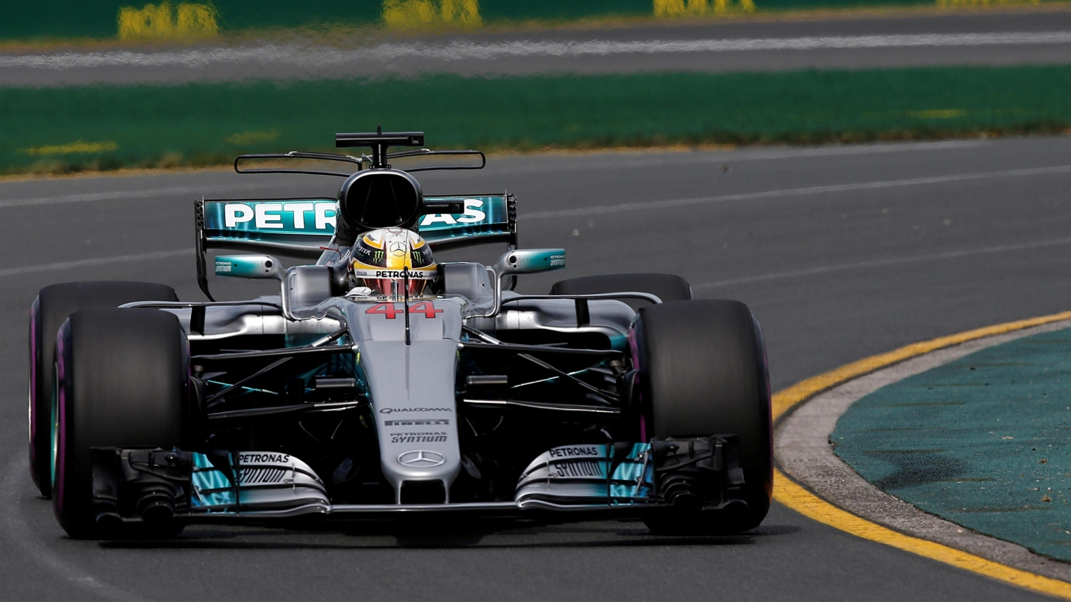 FP1 - Hamilton leads Mercedes 1-2 in opening session of 2017