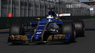 Honda to power Sauber team from 2018