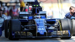 Wehrlein one-stops his way to Sauber's first points