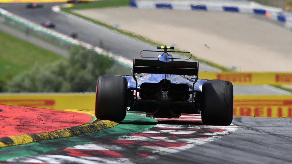 Sauber%20agree%20%27multi-year%27%20engine%20supply%20deal%20with%20Ferrari