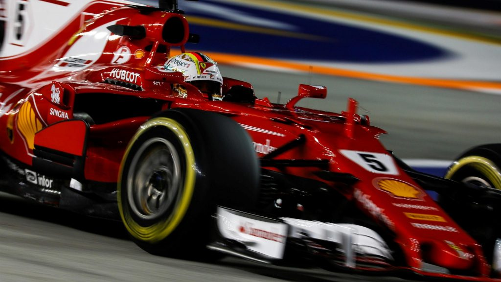 Qualifying%20-%20Vettel%20spoils%20Red%20Bull%20party%20with%20Singapore%20pole