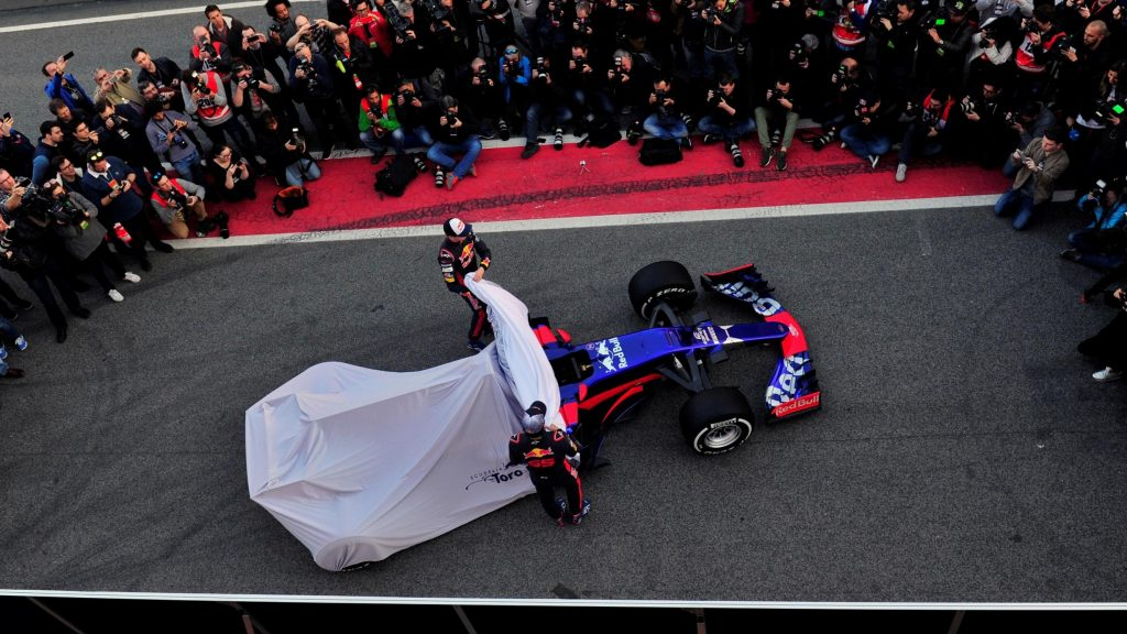 Toro%20Rosso%20to%20launch%20on%20morning%20of%20first%20test