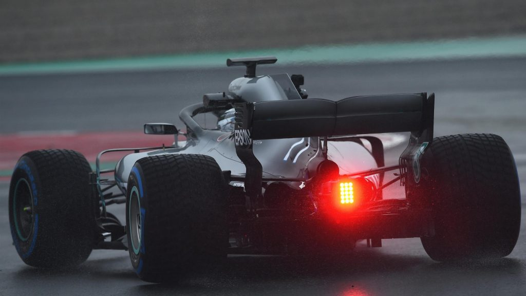 Bottas%20quickest%20on%20wet%20fourth%20morning%20of%20F1%20testing