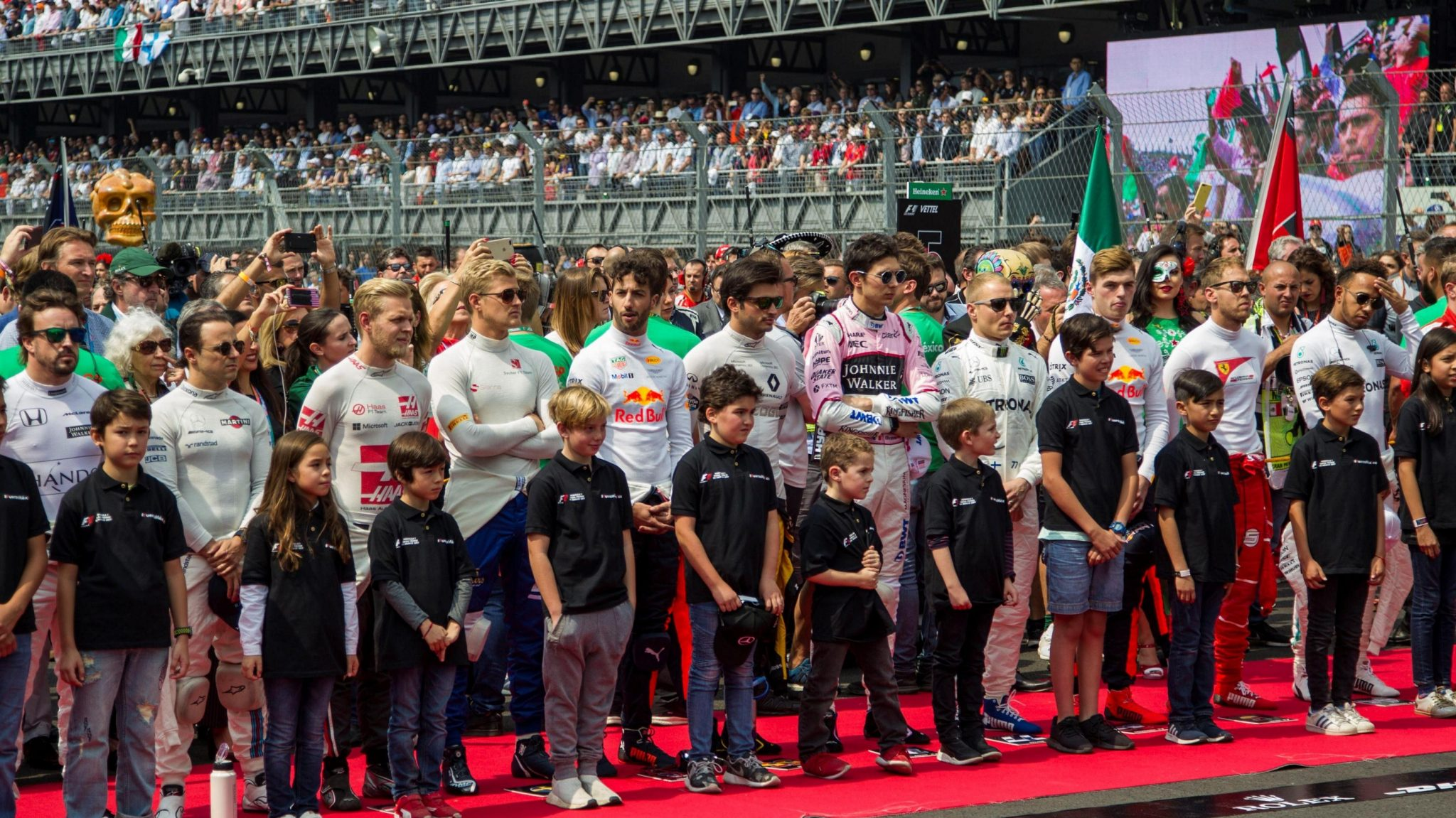 https://www.formula1.com/content/fom-website/en/latest/headlines/2018/2/formula-1-and-fia-in-new-grid-kids-partnership/_jcr_content/image16x9.img.2048.medium.jpg/1517841889203.jpg