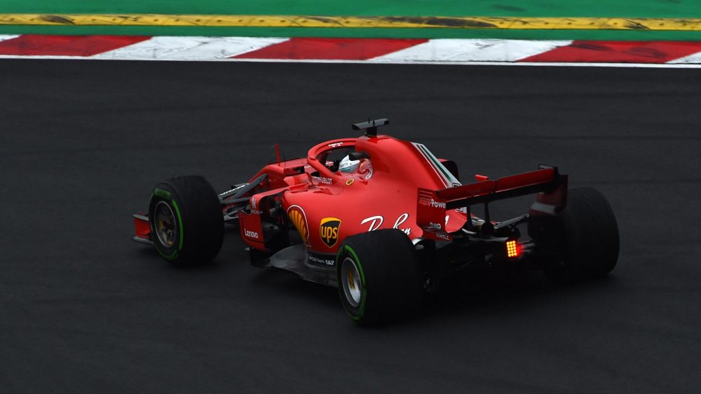 Vettel%20sends%20Ferrari%20top%20on%20second%20day%20of%20F1%20testing
