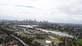 Melbourne gets extra DRS zone for F1 season opener