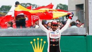 Alonso wins Le Mans to edge closer to Triple Crown