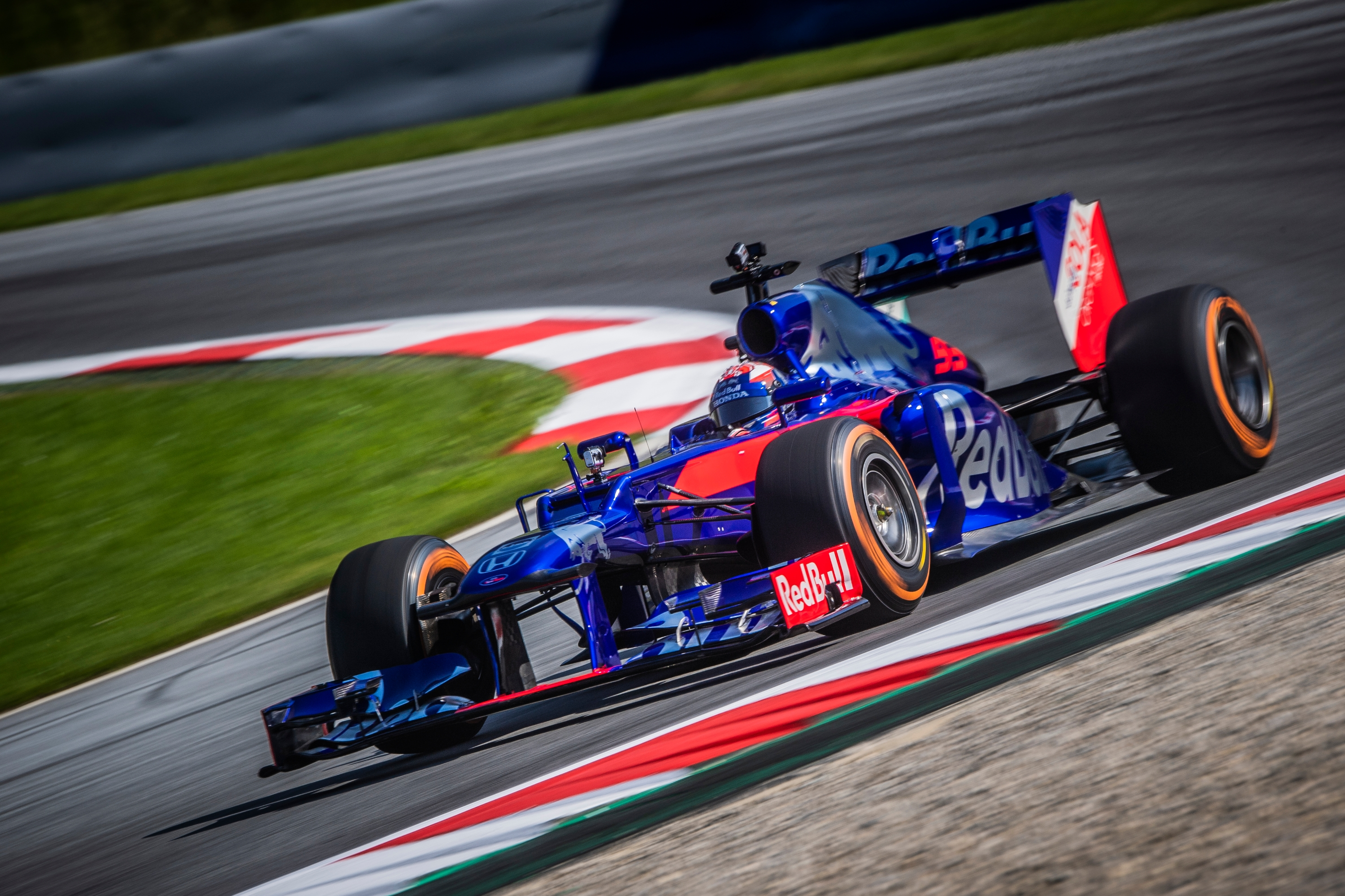 Watch MotoGP star Marquez testing Toro Rosso F1 car